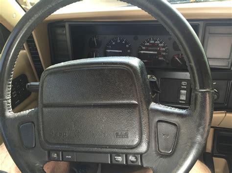 jeep cherokee sport interior 2016 interior jeep cherokee 2019 jeep cherokee cuv photo and
