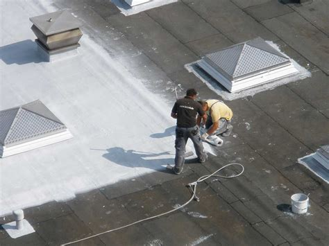 Flachdach Abdichten Oder Flachdachsanierung by Dachsanierung Flachdachabdichtung Mit Fl 252 Ssigkunststoff