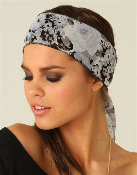 Stylish Head Wraps for Spring