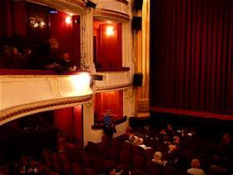 theatre porte martin les th 233 226 tres parisiens iv lespassions