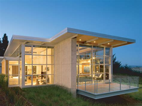 House Furniture and Lighting: Modern Small House Design