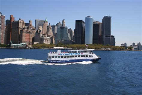 Boat Ride To Nyc From Nj by How To Ride The East River Ferry In
