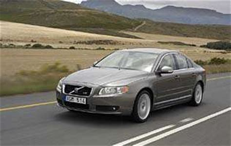 car reviews volvo   se lux  aa