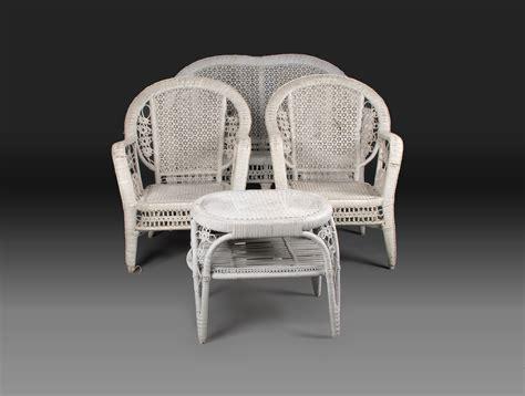 canape en osier canapé en osier laqué blanc soubrier louer sièges canapé xxe