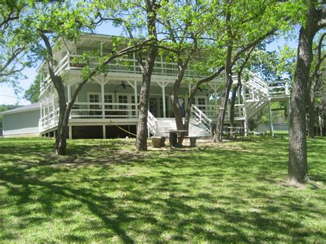 guadalupe river houses new braunfels river house on guadalupe vrbo