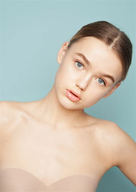 Photo Of Fashion Model Vika Shadurskaya Id 429658