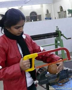 Funny Picture funny indian lady cutting (People ...