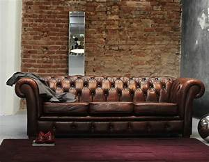 Decorate With Leather Furniture in a Vintage Industrial Style
