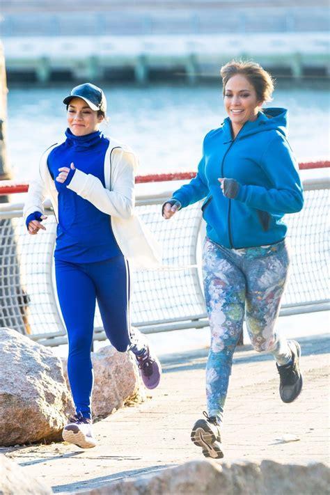 foto de Jennifer Lopez and Vanessa Hudgens on the Set of 'Second
