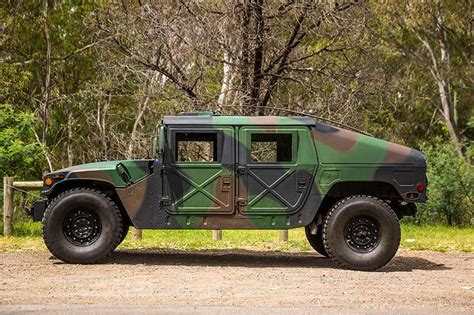 humvee side view allan moffat 39 s humvee review
