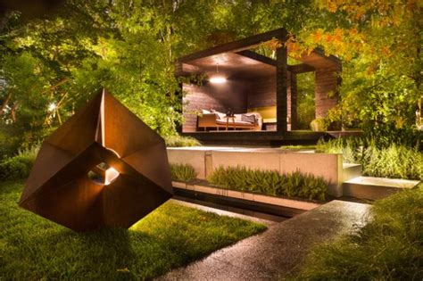 engrossing exterior lighting designs