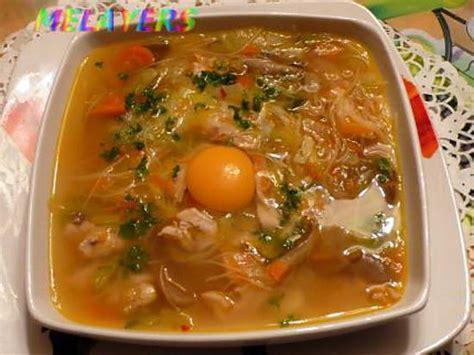 cuisine poireau recette de soupe de poulet au girole et ses petits legumes