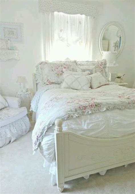 Bedroom Decorating Ideas Shabby Chic by Best 25 Shabby Chic Bedrooms Ideas On Shabby