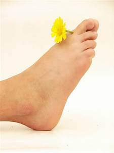 Как вылечить грибок ногтей и кожи на ногах