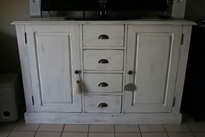 Repeindre Un Meuble En Chene Fonce En Blanc Patiné : repeindre un meuble vernis en bois 8 meuble en pin tous ~ Dailycaller-alerts.com Idées de Décoration