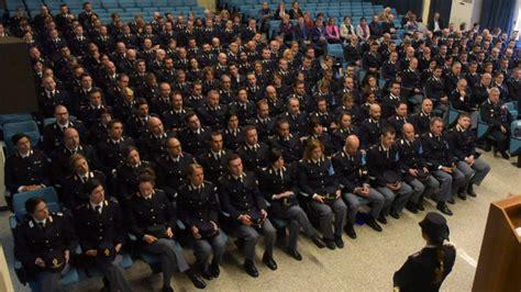 Concorso Interno Ispettore Polizia Di Stato by Concorso Interno 501 Vice Ispettori Polizia Di Stato 2017