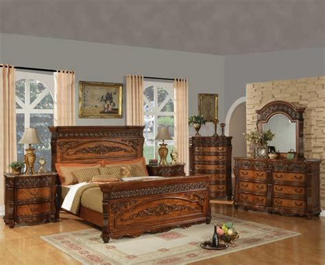 Bedroom Furniture Outlet by Beautiful Traditional Oak Bedroom Furniture Sets Bedroom