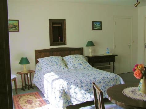 chambre d hotes medoc chambres d 39 hôtes le fourneau à vertheuil médoc médoc