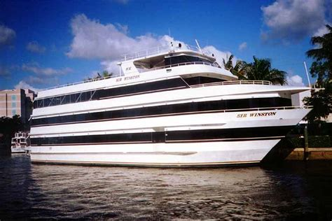 Miami Boat Party Columbus Day Weekend by Miami Nice 2015 The Annual Miami Carnival All White Yacht