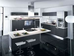 deco cuisine moderne With modele cuisine ilot central