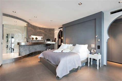 meridienne canape chambre contemporaine dans une villa esprit loft