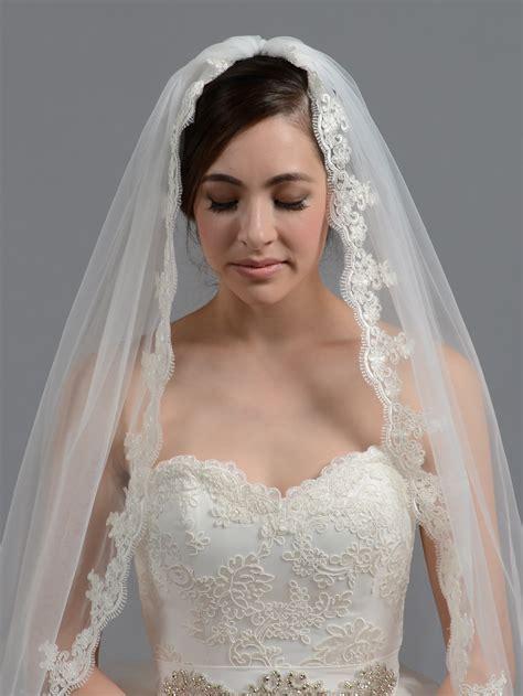 Bridal Wedding Veil Elbow Fingertip Alencon Lace V036