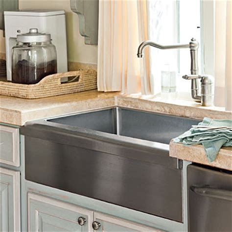 farm kitchen sinks styles in my tennis shoes southern living kitchen 7133