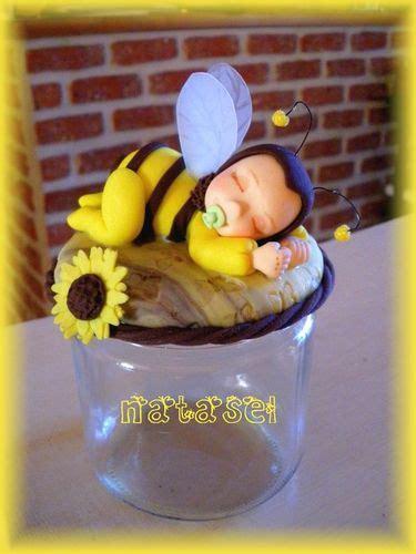 b 233 b 233 abeille photo de pots d 233 cor 233 s la porcelaine 224 modeler de natasel