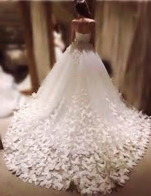 wedding dress retailers best 25 couture wedding gowns ideas on couture wedding dresses couture dresses and