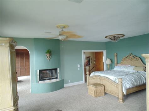 what color to paint bedroom to sell house adjoining room beige pic - Best Color To Paint A Bedroom To Sell