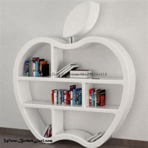 lemari buku desain love cat putih duco berkah jati