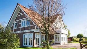 Fachwerkhaus Neubau Preis : fachwerkhaus planen bauen hausbeispiele informationen ~ Lizthompson.info Haus und Dekorationen