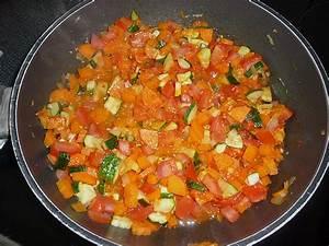Bulgur Rezepte Vegetarisch : zucchinischiffchen mit hackfleisch und bulgur rezepte suchen ~ Lizthompson.info Haus und Dekorationen