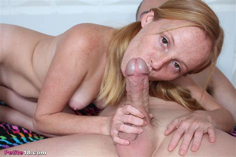 Alyssa Hart Get Her Pussy Penetrated By Big Cock Pichunter