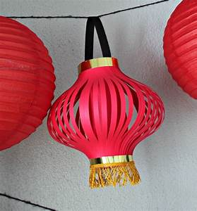 Paper Crafts: Diy Paper Crafts Features Chinese Lantern