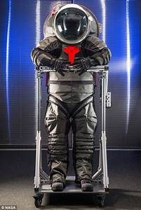 What man will REALLY wear on Mars: Nasa reveals 'Tron ...