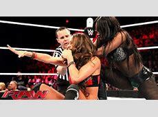 Nikki Bella vs Naomi WWE Divas Championship Match Raw