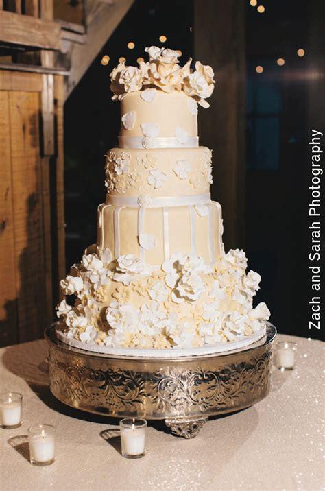 inspiring cakes wedding inspiration  pink bride