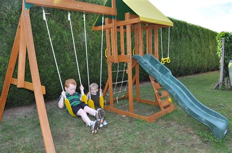 portique balancoire toboggan portique balancoire bois toboggan cirque et balancoire
