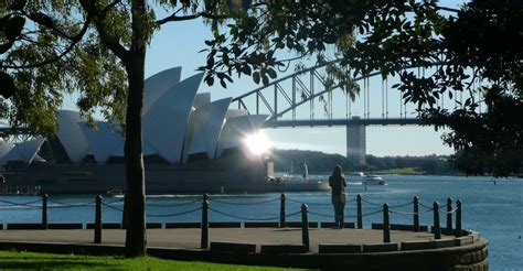 Mrs Macquaries Chair Parking by Baileys Sydney Tours Visits Mrs Macquarie S Chair