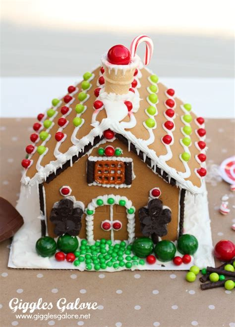 Decorating Ideas Gingerbread Houses by Decorating Gingerbread Houses
