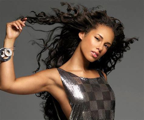 Alicia Keys Biography  Childhood, Life Achievements