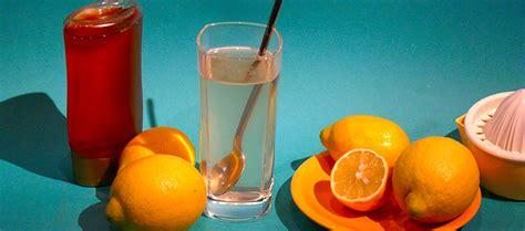 honig zitronen wasser guten morgen mit zitronen honigwasser