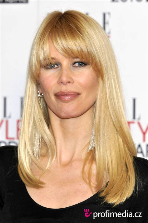 Claudia Schiffer     hairstyle   easyHairStyler