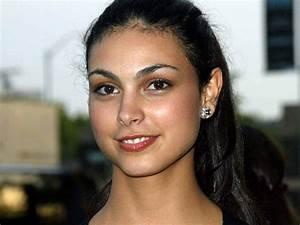 Morena baccarin brazilian actress | Chainimage