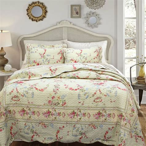 Floral Quilts by Beautiful Antique Vintage Pink Cotton Ivory