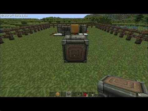 Minecraft Automated Redstone Repeater Circuit With Pistons