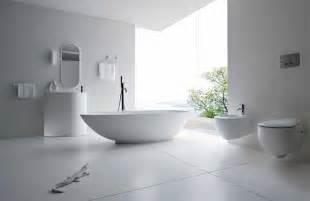 weisse hochglanzfliesen bad badezimmer fliesen weiß matt gispatcher