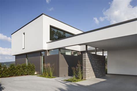 Moderne Offene Häuser by Moderne Architektur Mit Offener Garage Einfahrt Mit
