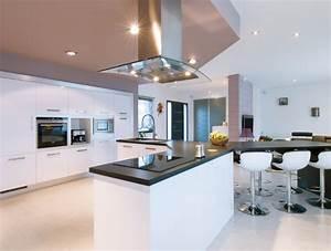 cuisine avec ilot central pour manger cgrio With salle À manger contemporaine avec cuisine equipee americaine moderne